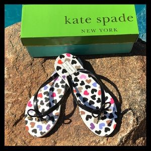 ♠️NWT♠️Kate Spade heart flip flops with bow